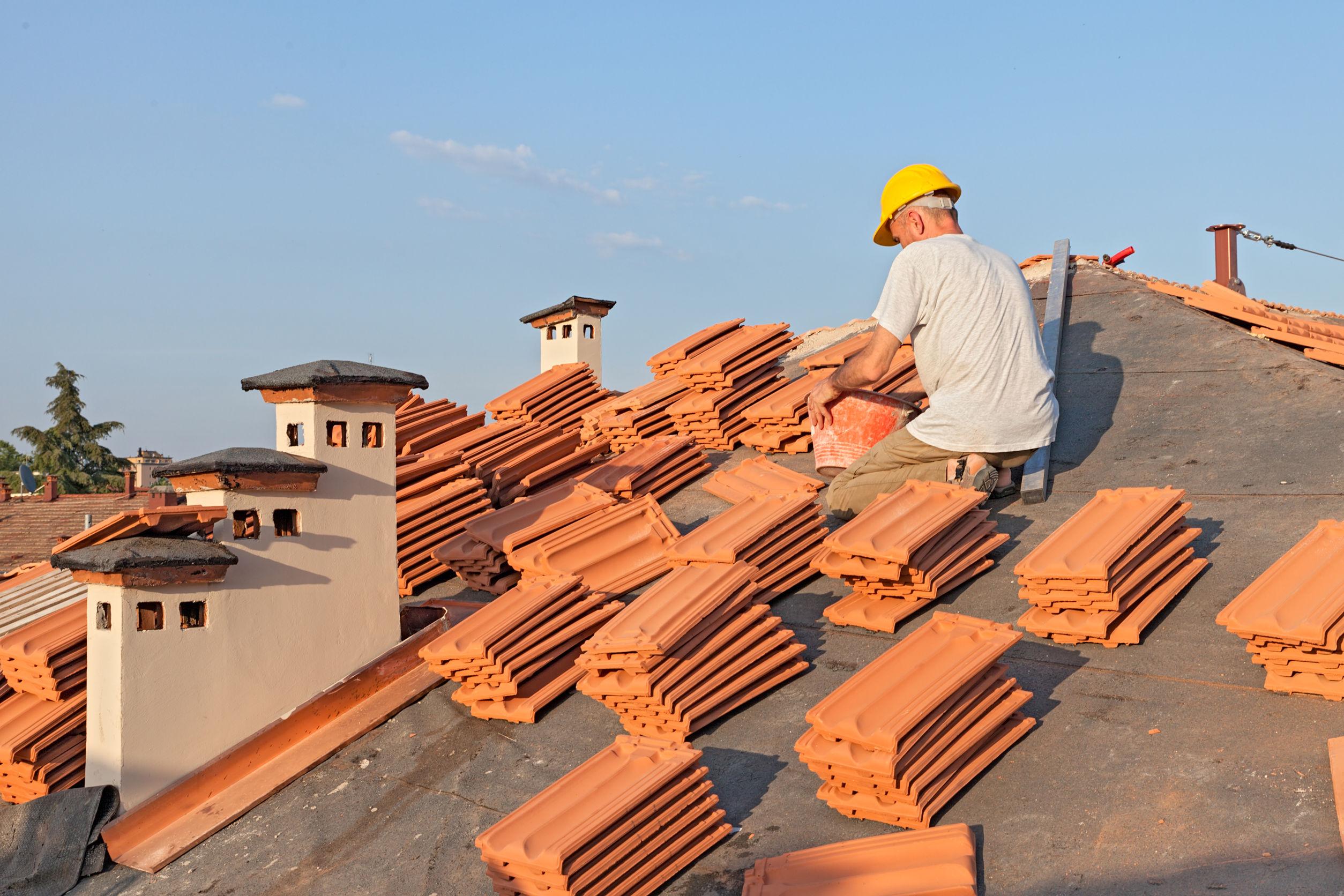 Les différents types d'aide de l'État pour la rénovation de la toiture - Guiderenovation.fr