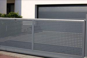 Installation d'un portail électrique : tout ce qu'il faut savoir sur ce sujet
